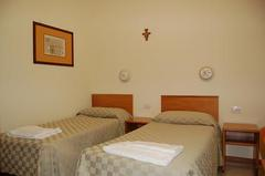 hebergement couvent rome. Black Bedroom Furniture Sets. Home Design Ideas